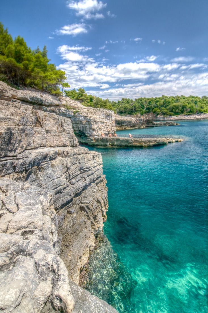 Croatia-Pula-autocamp-Stoja-hidden-beauties-with-crystal-clear-sea-and-caves